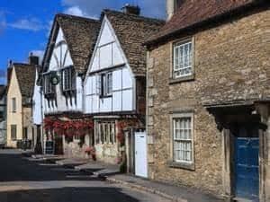 lacock-village
